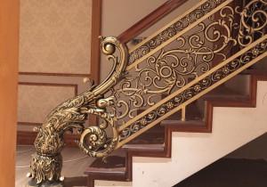 Cầu thang nhôm đúc mẫu 025