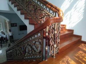 Cầu thang nhôm đúc 001