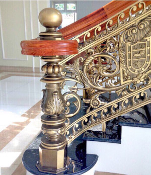 Cầu thang nhôm đúc mẫu 026