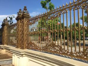 Hàng rào nhôm đúc mẫu 001