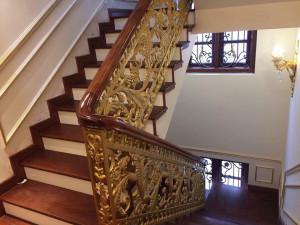 Cầu thang nhôm đúc mẫu 024