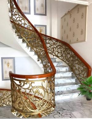 Cầu thang nhôm đúc 006