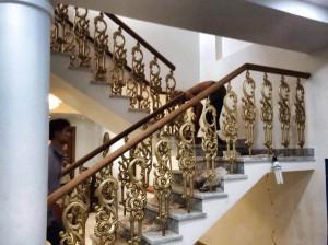 Cầu thang nhôm đúc 013