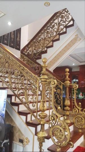 Cầu thang nhôm đúc 004
