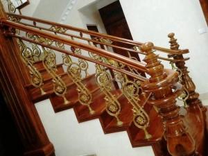 Cầu thang nhôm đúc 002